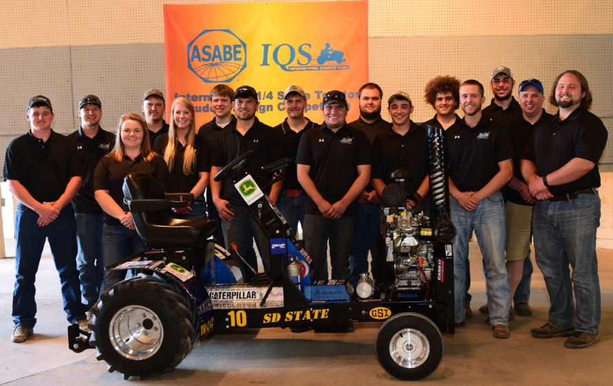 2017 Quarter Scale Team at International Competition