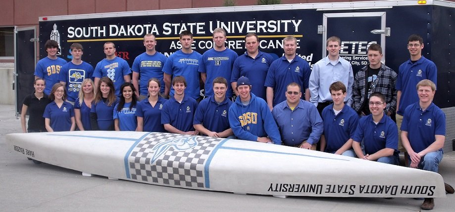 Concrete Canoe competition team
