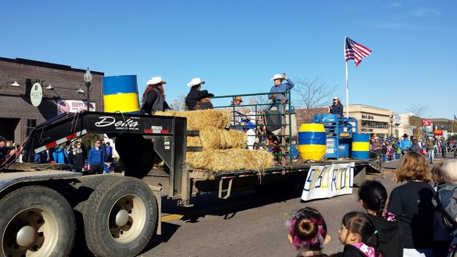SDSU Rodeo float during the Hobo Day parade.