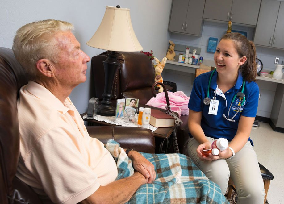 Nursing student helps manage care of elderly