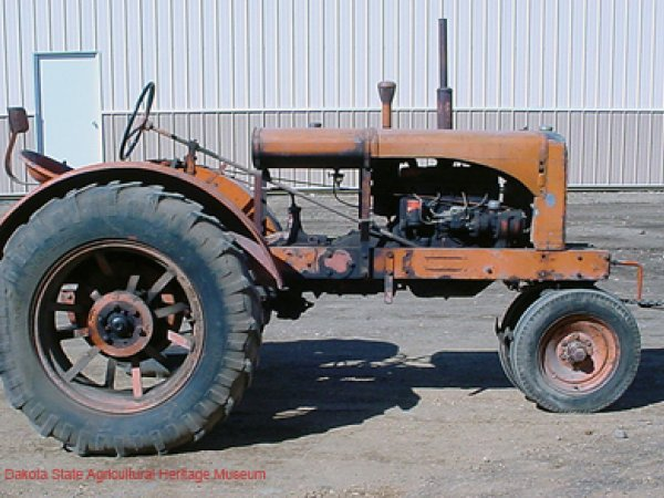Allis Chalmers WC 1937