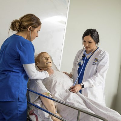 students in simulation with SIMMan