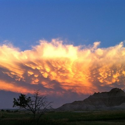 mammatus clouds in the badlands