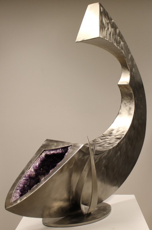 Dale Lamphere, Cornucopia, 2017, stainless steel & amethyst