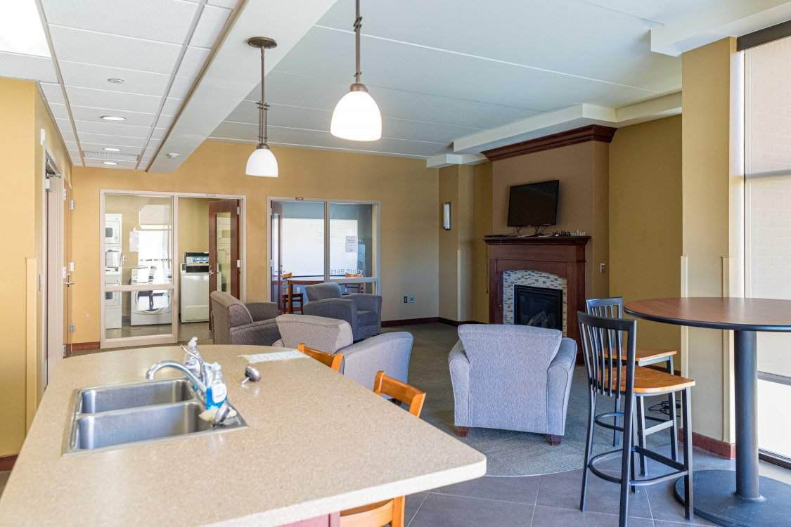 Honors Hall Common Area