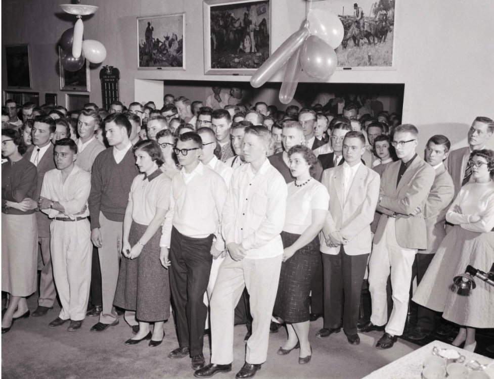 Pugsley Student Union student gathering, 1965