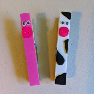 Finished farm animal clothespin magnets